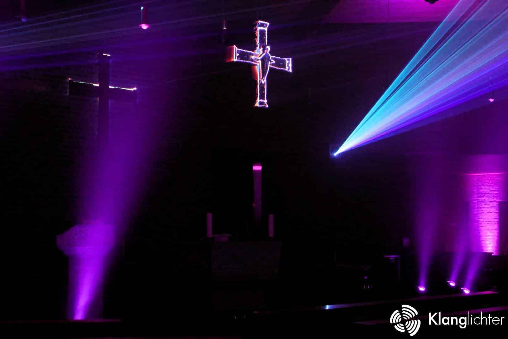 CORPORATE Lasershow: Meditative Lasershow anlässlich 50 Jahre St. Franziskus