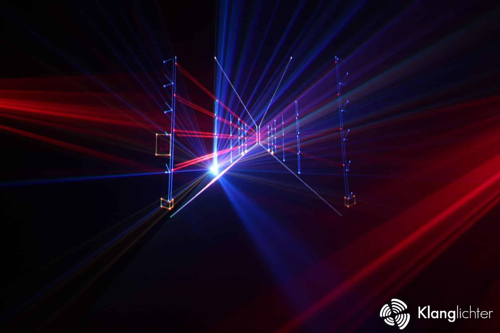 Klanglichter-Lasershow-Neugart-Lagerregale