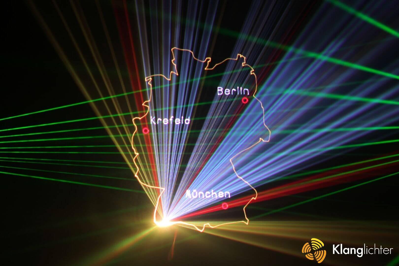 Laser Projektion von Firmen-Standorten zum Jubiläum