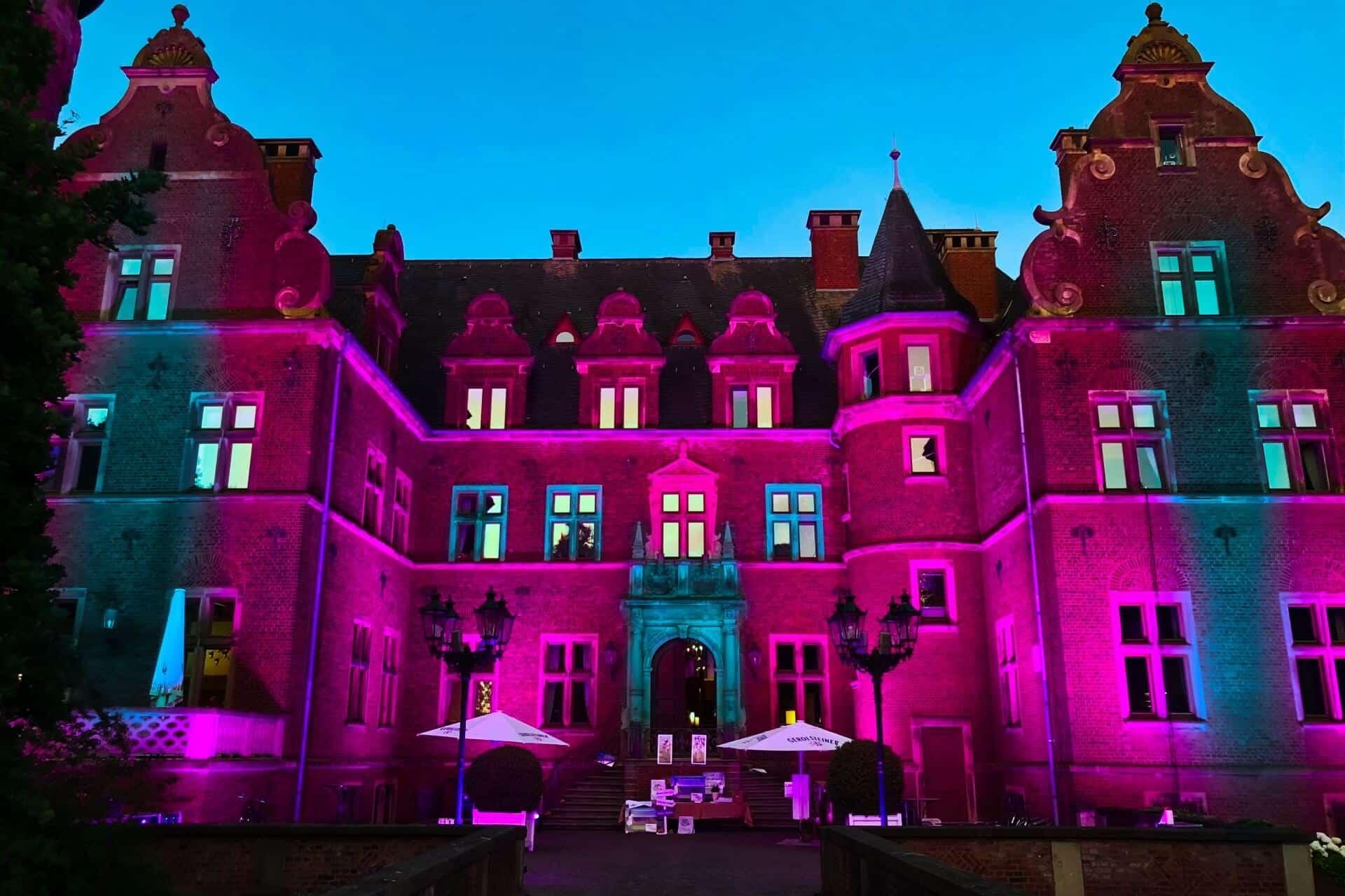 Beleuchtung und Illumination mit Licht eines Schloss